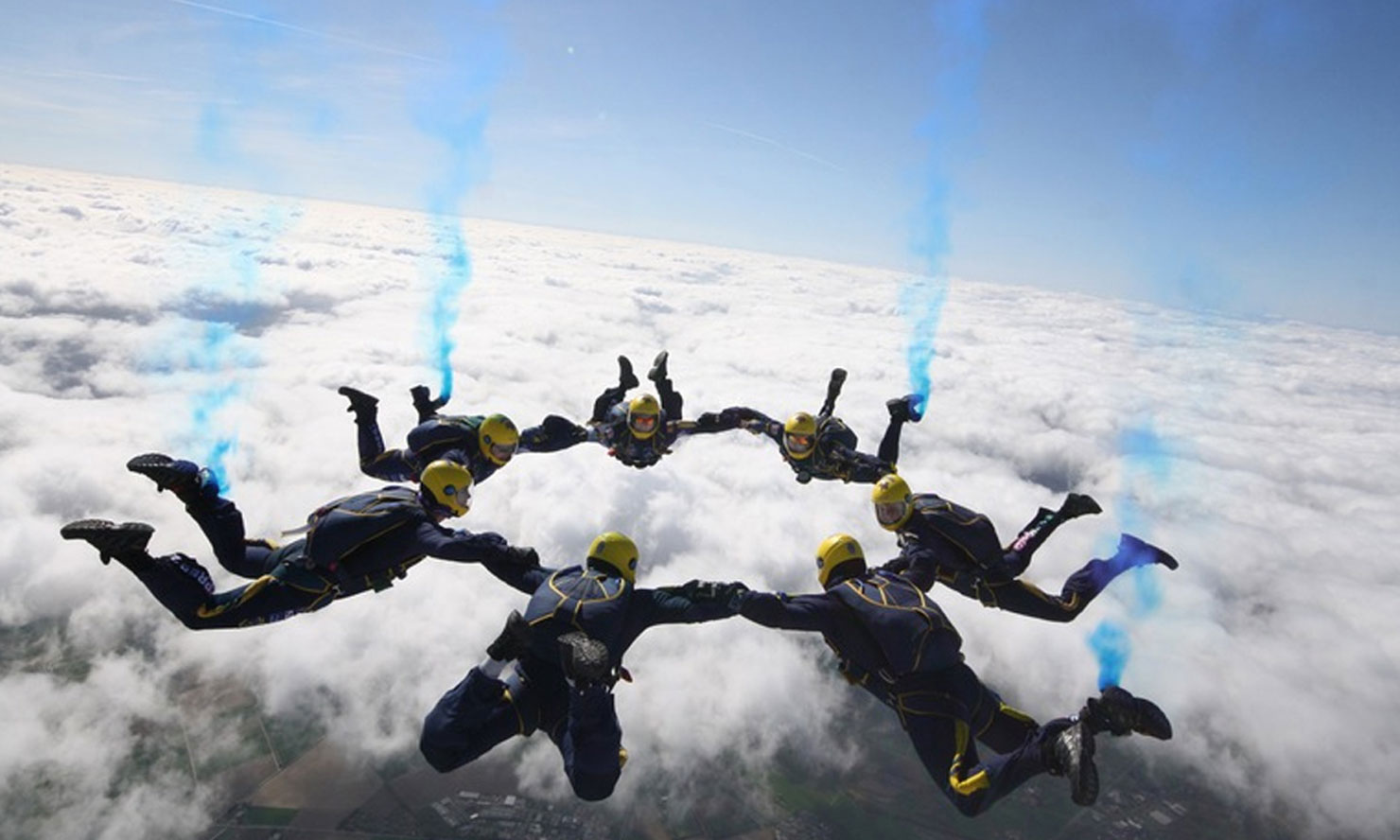 Tigers parachute team